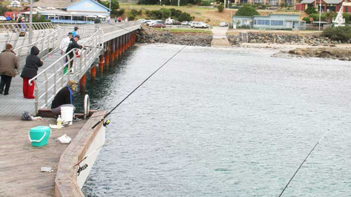 Lorne-pier-Fishing
