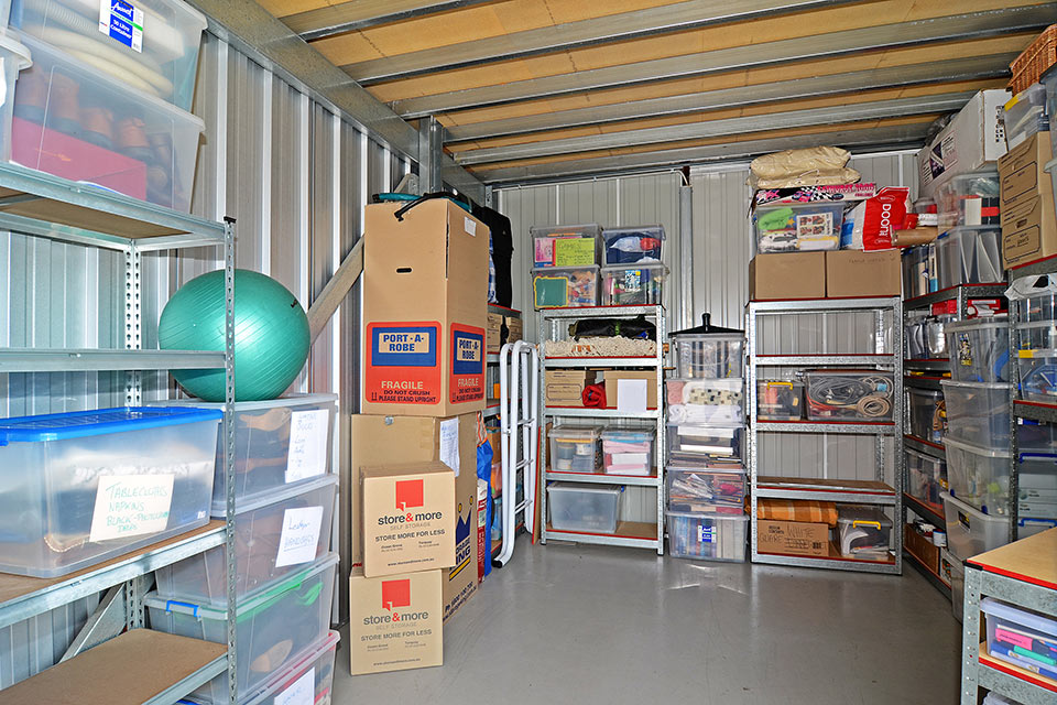 store-more-torquay-storage-space-2