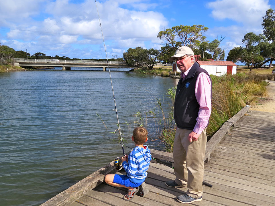Great fishing spots on the surf coast secure self for Head boat fishing near me